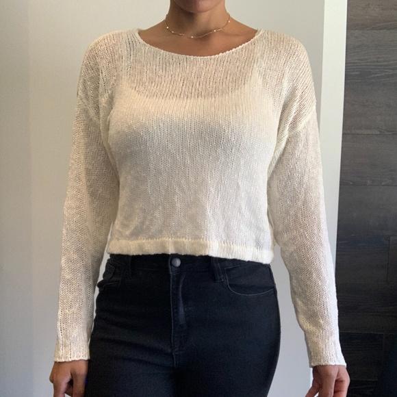 Women's White Knit Long Sleeve Crop Top